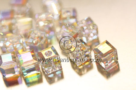 Swarovski Crystal > Beads > 5601 - Cube > 4mm  - Factory Pack