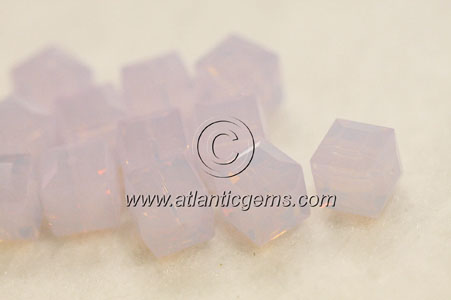 Swarovski Crystal > Beads > 5601 - Cube > 6mm  - Factory Pack